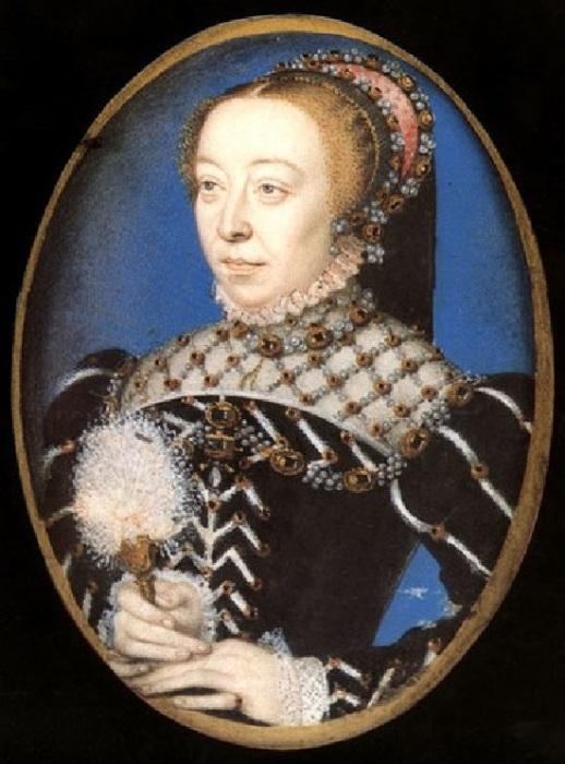 Екатерина Медичи  (1519 — 1589). Королева и регентша Франции, жена Генриха II, короля Франции из Ангулемской линии династии Валуа.