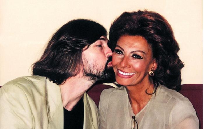 Никас Сафронов и Софи Лорен. | Фото: hornews.com