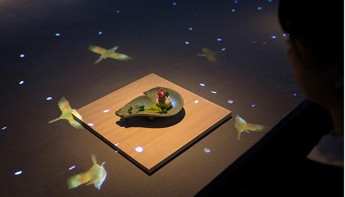 Необыкновенная посуда от ресторана Sagaya поражает своей изысканностью.¦Фото: mymodernmet.com.