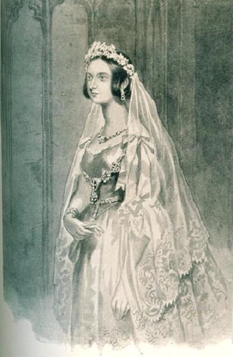 Виктория в свадебном платье