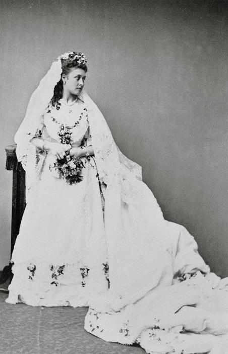 Принцесса Луиза в свадебном платье