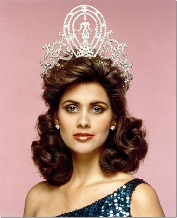 Дебора Карти Деу (Пуэрто-Рико) - Мисс Вселенная 1985. Рост 173 см.