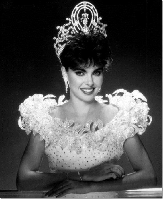 Барбара Паласиос Tейде (Венесуэла) - Мисс Вселенная 1986. Рост 173 см.