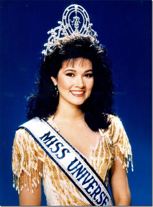 Порнтип Накирунканок (Таиланд) - Мисс Вселенная 1988. Рост 173 см. Параметры фигуры 89-58-92.