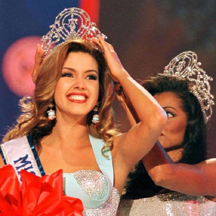 Алисия Мачадо, Венесуэла. Мисс Вселенная-1996  19 лет, рост 173 см.
