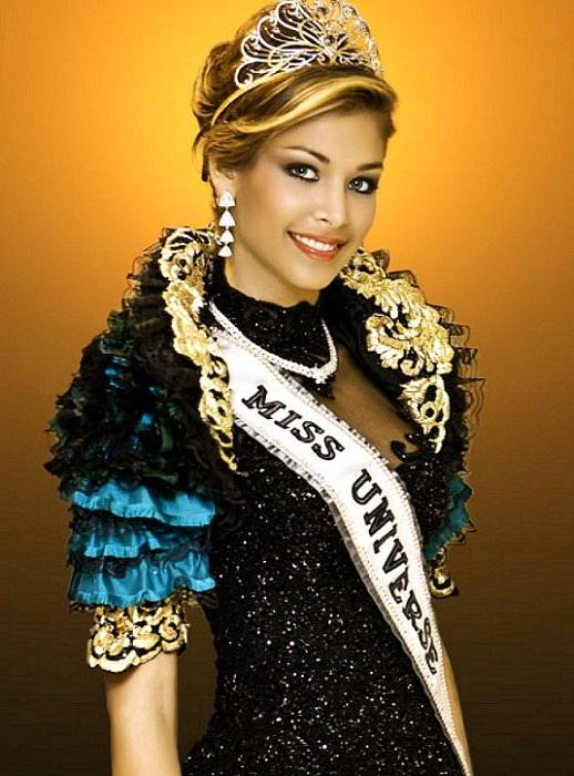 Дайана Мендоса, Венесуэла. «Мисс Вселенная — 2008». 22 года, 178 см