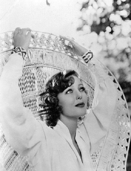 Лоретта Янг, американская актриса, обладательница премии «Оскар». 1930 год