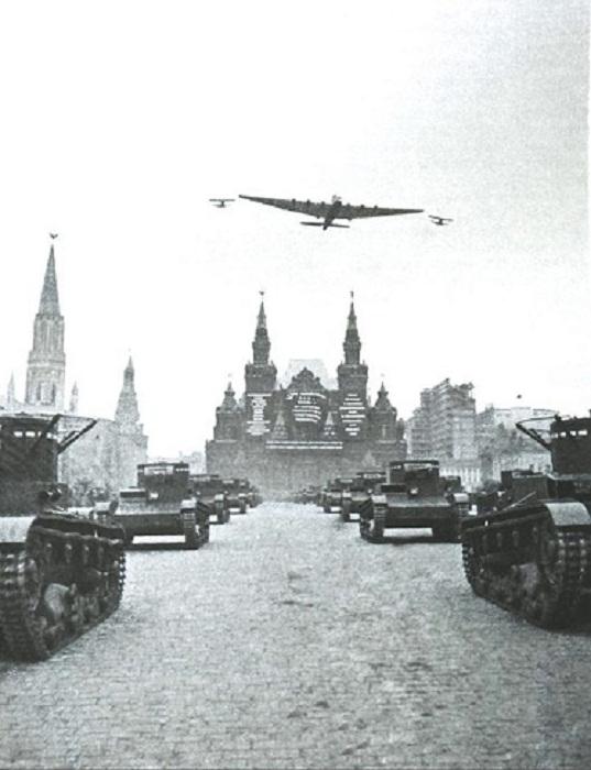 Парад на Красной площади. 1935 год