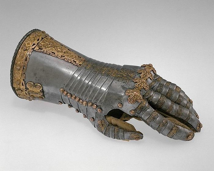Германия, Аугсбург. 1557 г. Сталь, золото, медный сплав, кожа