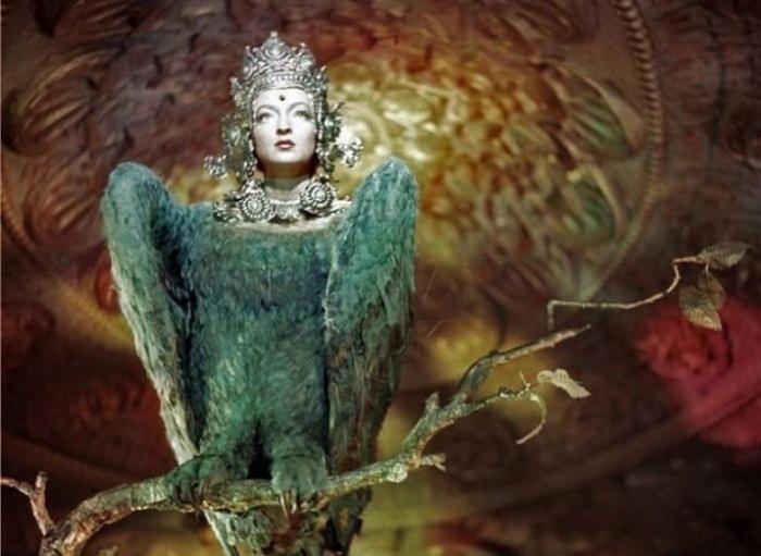 Лидия Вертинская в образе птицы Феникс в к/ф Садко