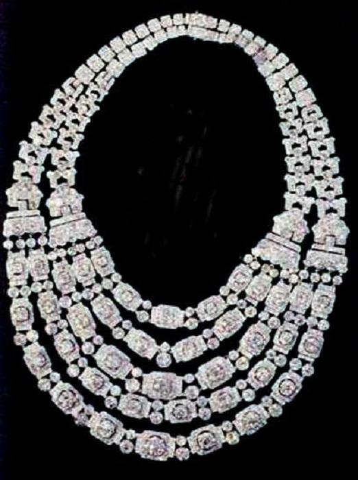 Бриллиантовое ожерелье Гревилл.