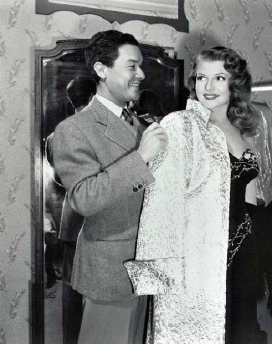 Рита Хейворт и Жан Луи на съемочной площадке
