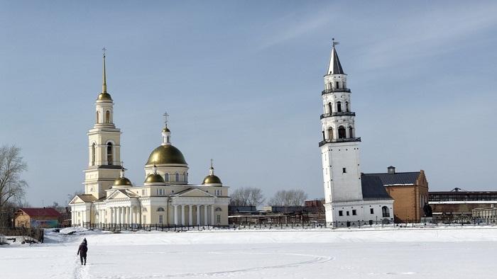 Пизанская башня в Невьянске
