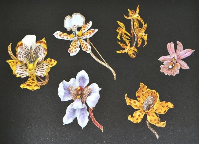 Броши «Орхидеи» с выставки 1899 г. Золото, бриллианты, эмаль