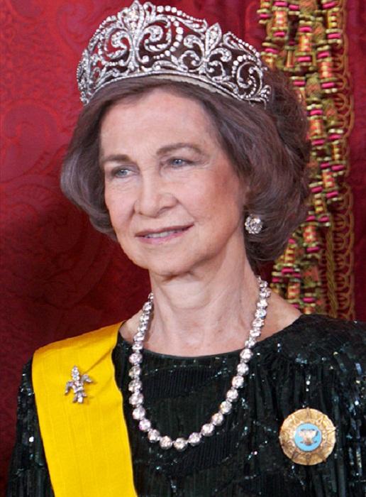 Королева София в тиаре Флер де Лис