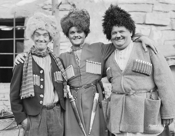 Кадр из фильма «Песня мошенника» 1930 год