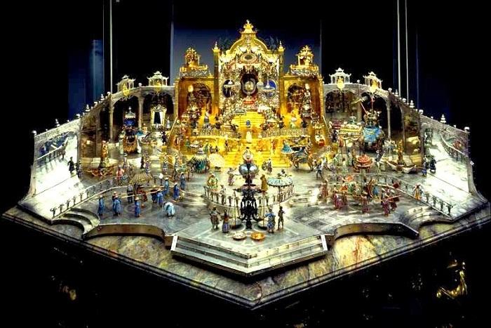Двор Великого Могола Ауренг-Зеба
