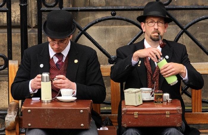 Культура английского чаепития: История возникновения традиции «five o'clock» и ее особенности
