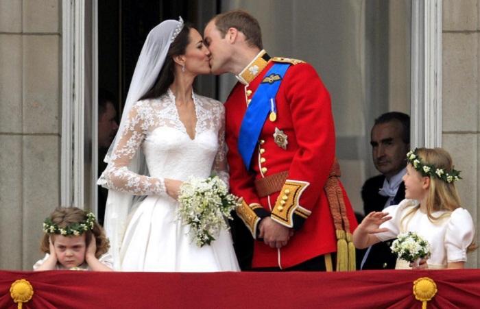 Всё, как у людей: Комичные и досадные казусы на королевских свадьбах Великобритании