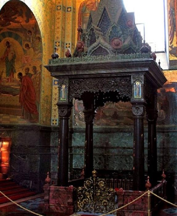 Священное место в соборе