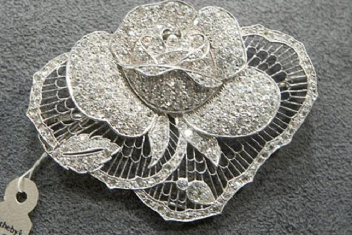 Любимая бриллиантовая брошь Марлен Дитрих