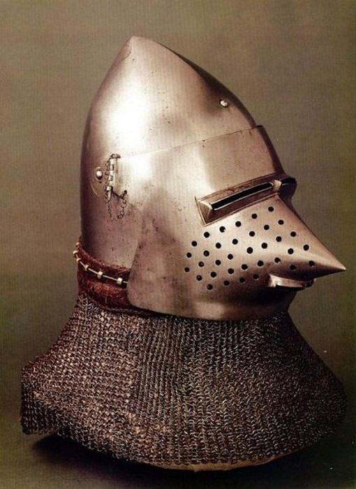 Бацинет 14-го - 15-го веков