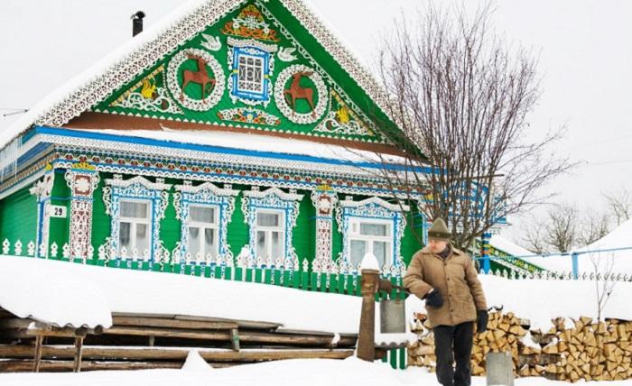 Дом краснодеревщика Николая Калошина в селе Пурех Нижегородской области