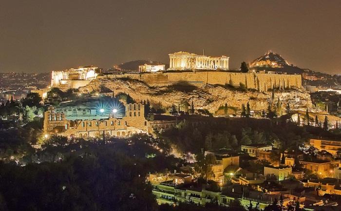 Ночной Акрополь