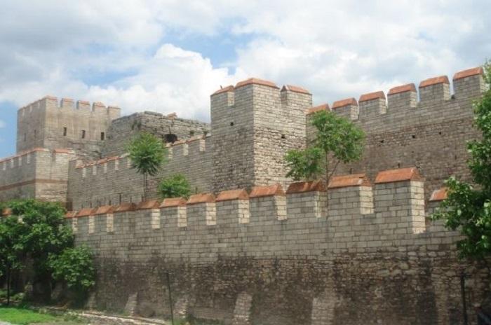 Городские стены Константинополя