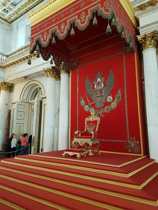 Большой тронный зал в Зимнем Дворце