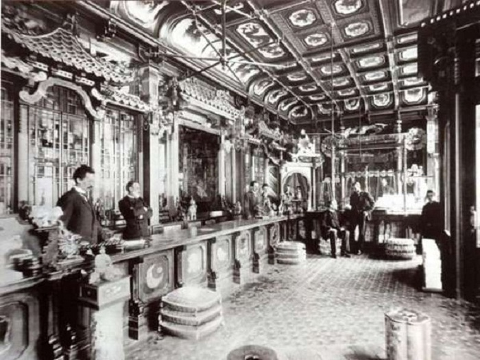 Интерьер чайного дома на Мясницкой, старое фото