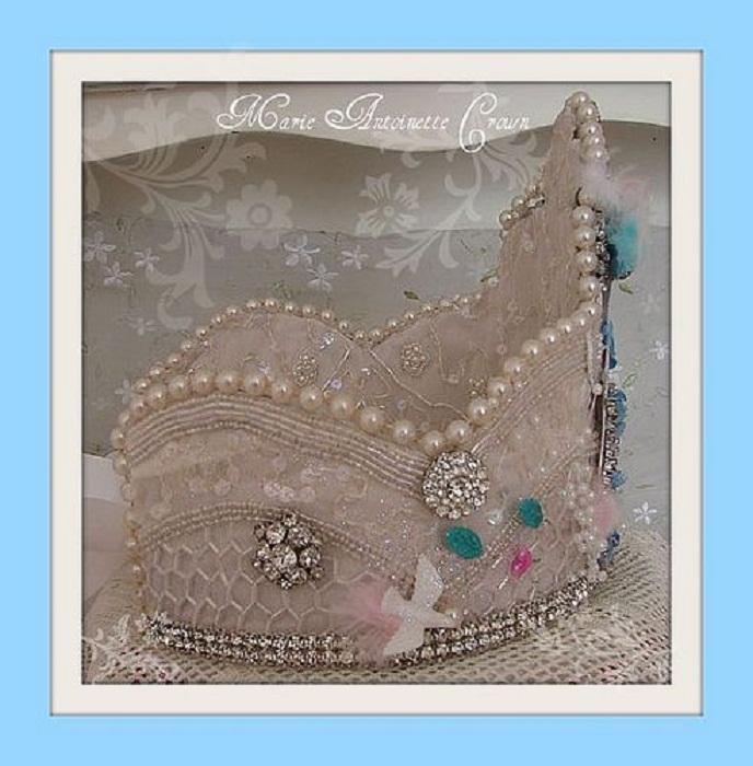 Корона Марии-Антуанетты, фамильная драгоценность