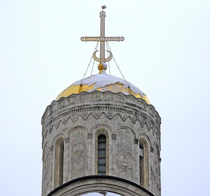 Крест на вершине купола (копия)