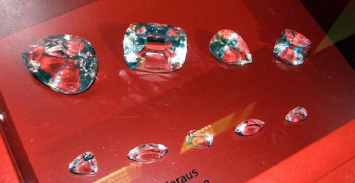 Бриллианты, полученные из алмаза Куллинан