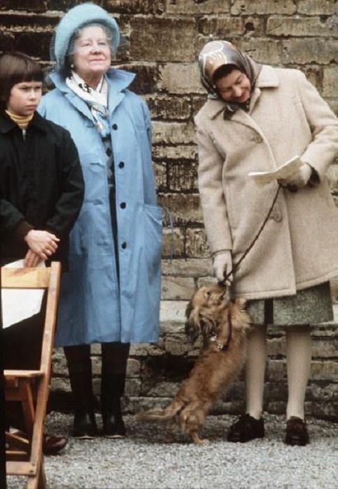 Елизавета с матерью, 1976 год