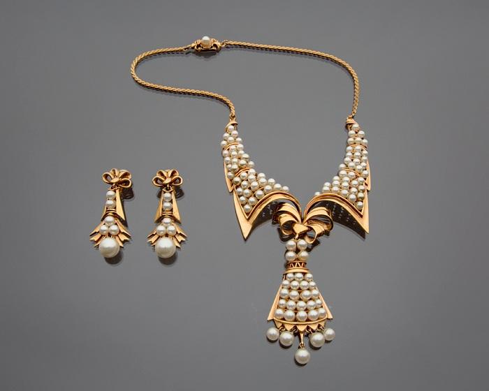 Серьги и воротник-ожерелье с жемчугом