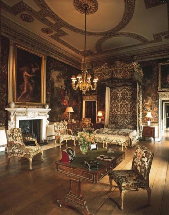 Одна из спален английских королей