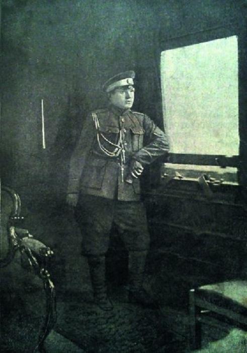 Павел Макаров в вагоне Май-Маевского