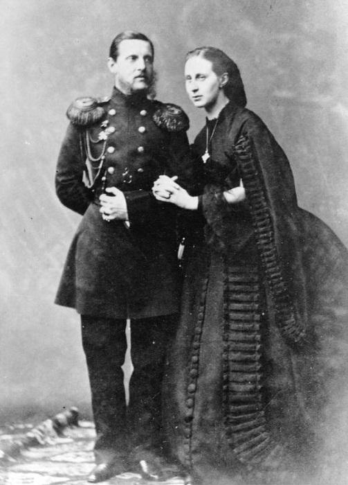 Константин Николаевич с супругой Александрой Иосифовной, 1865 год