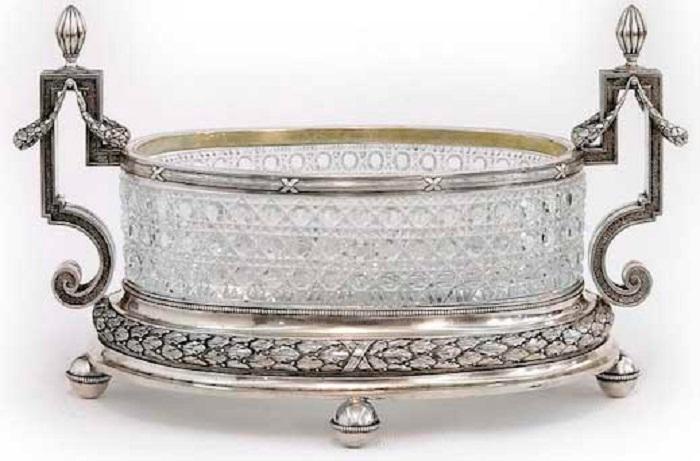 Ваза большая для фруктов. Хрусталь, серебро, резьба «русский камень». Дизайн фирмы «К. Фаберже»