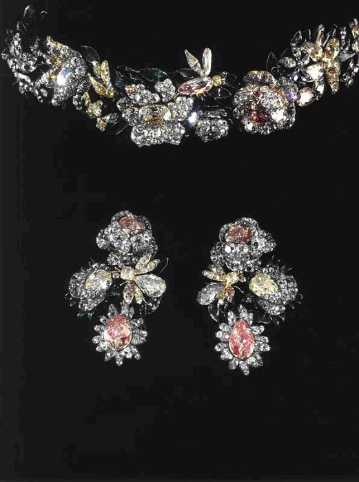 Диадема-бандо и серьги. Бриллианты, золото, серебро, эмаль 1750-е годы