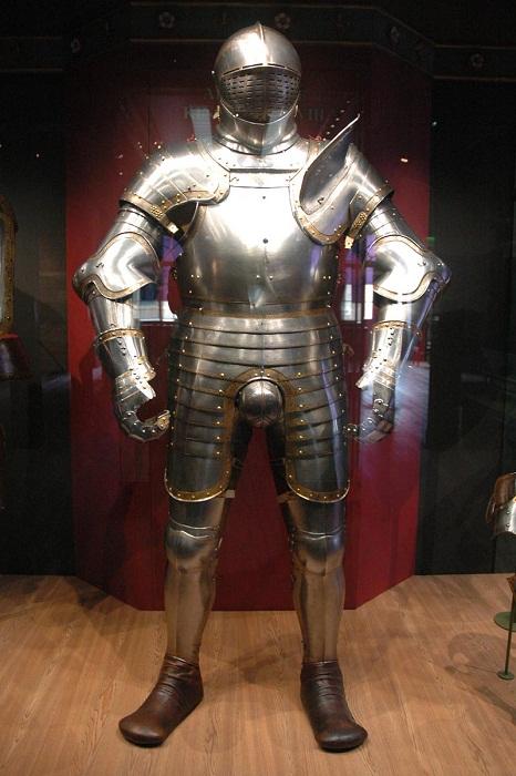 Доспех 1540 года. Хранится в Лондонском Тауэре.