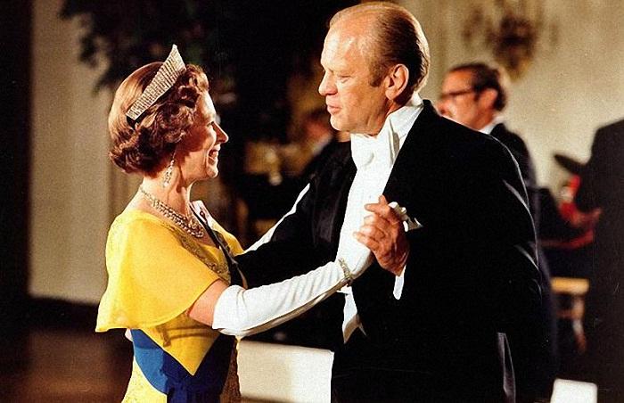 Джеральд Форд с Королевой на званом обеде в честь королевской четы в Белом доме, 1976 год