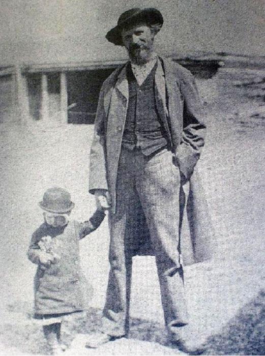 Григорий Мясоедов с сыном Иваном