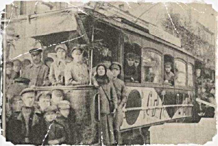 Подобные трамваи ходили по улицам Витебска с 1920 по 1926 год.