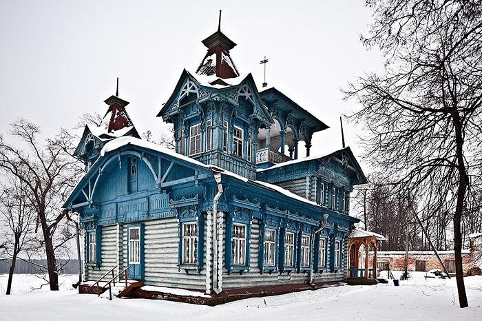 Дом стеклозаводчика С. Н. Беляева в селе Воскресенское Нижегородской области (1905 г.)