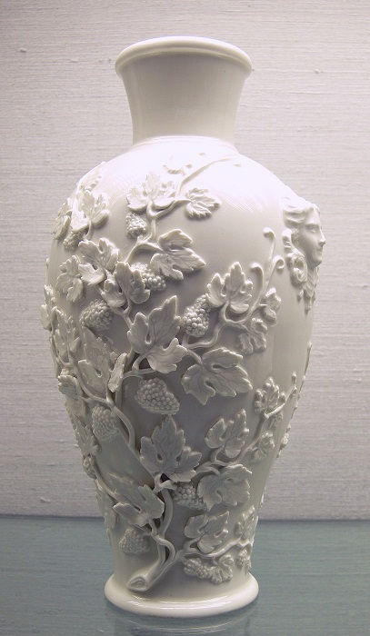 Ваза из белого фарфора, Мейсен (1713—1720)