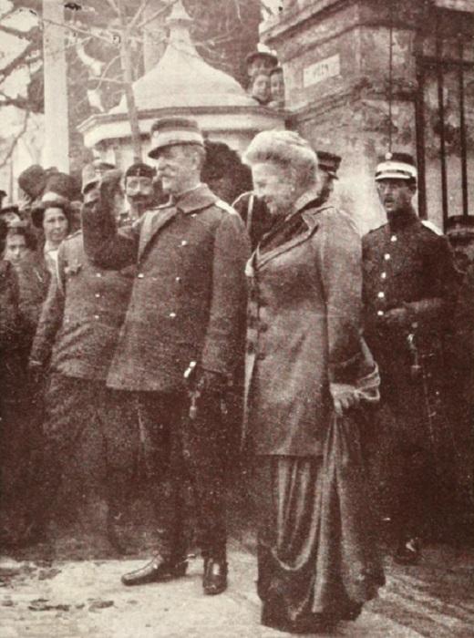 Георг I и королева Ольга на прогулке в Салониках, как раз перед убийством