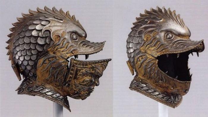 Зубастый шлем неизвестного итальянского мастера 17-го века
