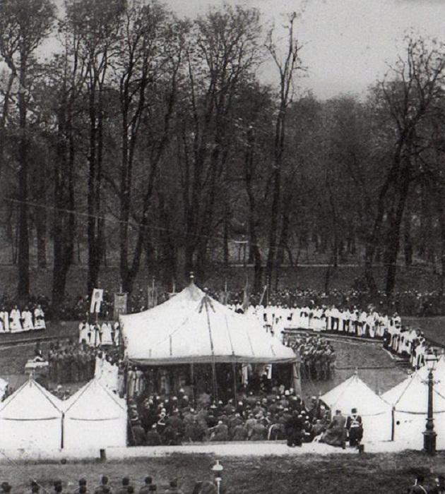Торжественная закладка храма Воскресения Христова на Екатерининском канале 6 октября 1883 года